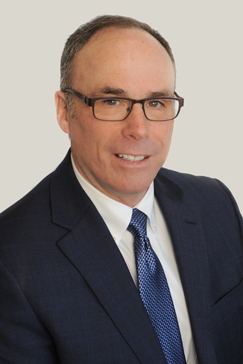 headshot of Tom Delaney, AVP Commercial Lending